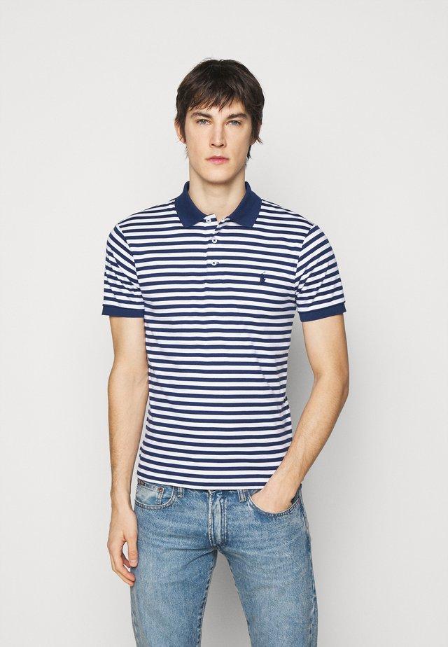INTERLOCK - Poloshirt - freshwater/white