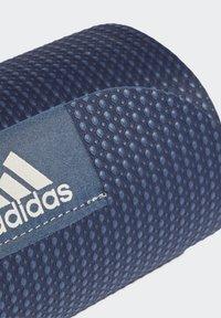 adidas Performance - YOGA MAT - Fitness/jóga - crew navy/alumina - 2