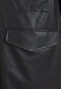 MM6 Maison Margiela - Short coat - black - 8