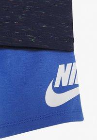 Nike Sportswear - SHORT SET - Camiseta estampada - pacific blue - 3