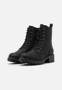 Rubi Shoes by Cotton On Wide Fit - WIDE FIT HARLOW LACE UP BOOT - Stivaletti stringati - black - 2
