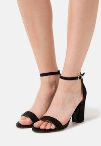 Madden Girl - BEELLA - Højhælede sandaletter / Højhælede sandaler - black - 0