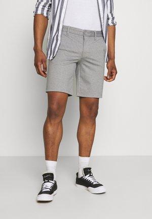 ONSMARK STRIPE - Shorts - light grey melange
