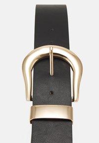 Pieces - PCGABRIELLA WAIST BELT - Belt - black/gold-coloured - 2
