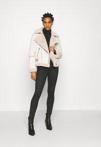 Fashion Union - VIVIENNE - Winter jacket - boucle - 1