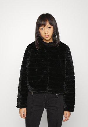 ONLLOUISEJACKET - Winter jacket - black