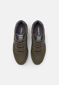 Jack & Jones - JFWSTELLAR - Sneakers - olive night - 3