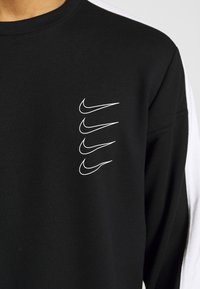 Nike Performance - M NK DRY TOP FLEECE PX - Sweatshirt - black/white - 7