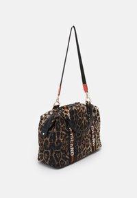 River Island - Weekend bag - brown - 1
