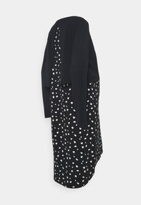 Mamalicious Curve - MLARIANNA DRESS  - Jersey dress - salute / snow white - 1