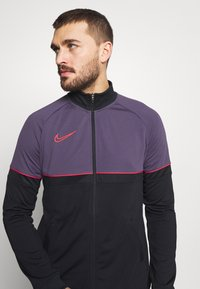 Nike Performance - ACADEMY SUIT - Dres - black/siren red - 6