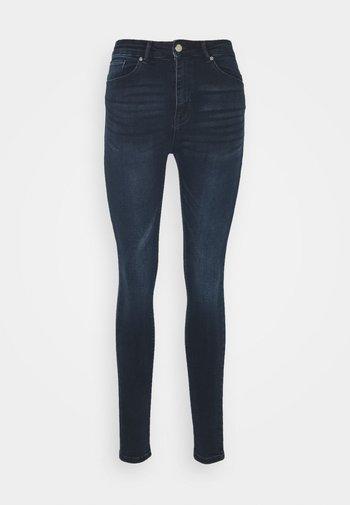 ONLPAOLA LIFE - Jeans Skinny Fit - blue black denim