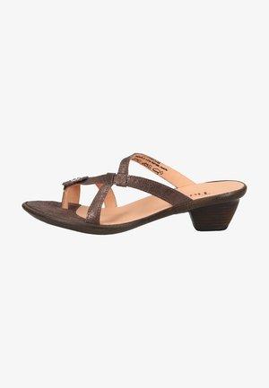 Sandály s odděleným palcem - taupe