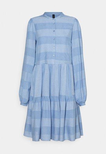 YASLAMALI SHIRT DRESS - Vestido camisero - silver lake blue