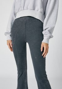 PULL&BEAR - Trousers - mottled dark grey - 3