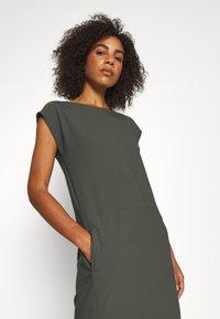 Houdini - DAWN DRESS - Sports dress - willow green - 4