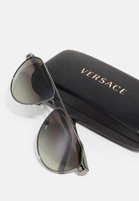 Versace - Sunglasses - transparent/grey - 2