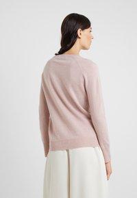 pure cashmere - CLASSIC CREW NECK  - Trui - dust pink - 2