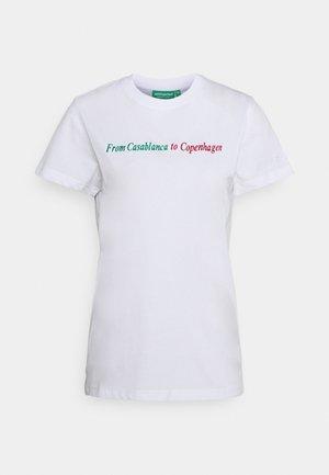 THE DANISH TEE - Print T-shirt - white