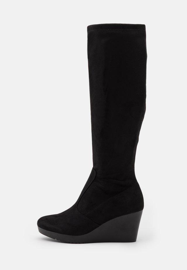 HUMMINGBIRD - Wedge boots - black