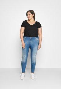 ONLY Carmakoma - CARLAOLA LIFE - Skinny džíny - special bright blue denim - 1