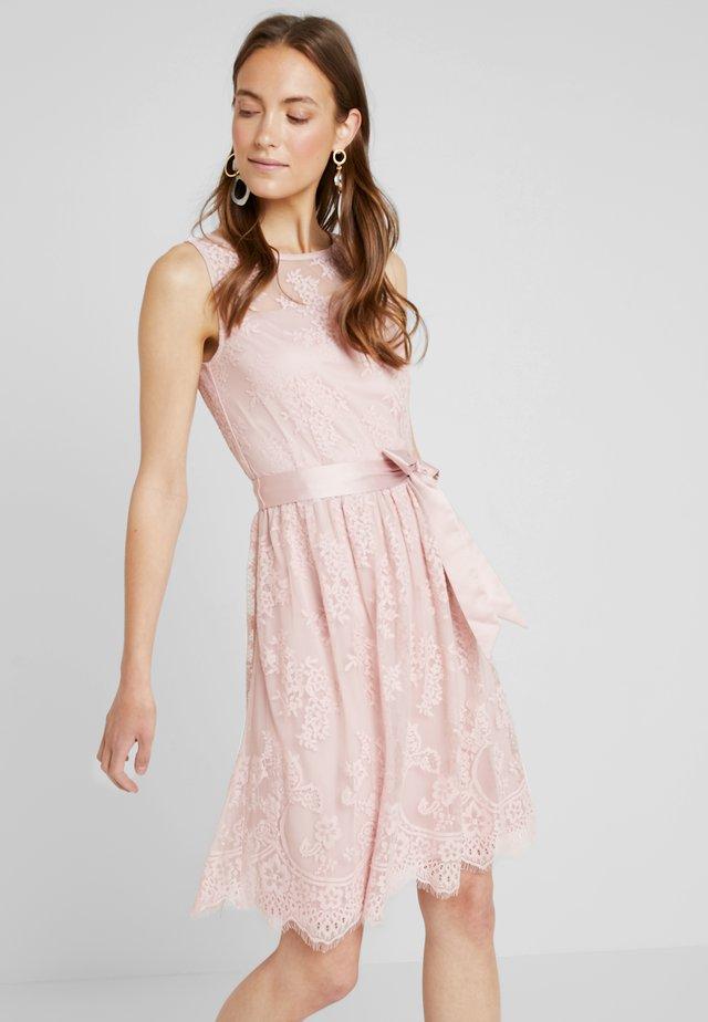 NEW DELICATE - Vestido de cóctel - old pink