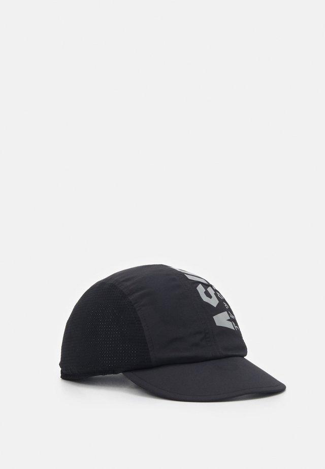 KATAKANA - Cap - performance black