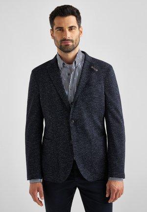 MIT OFFENEN KANTEN - Blazer jacket - dunkelblau