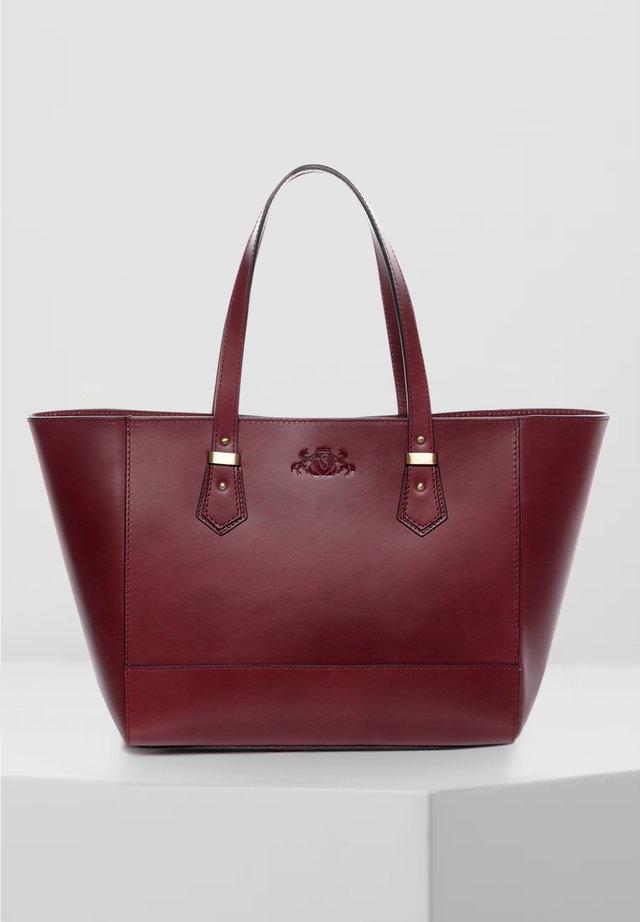 HANDTASCHE - TRISH - Handbag - rot