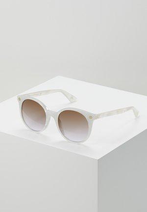 Sunglasses - white/brown