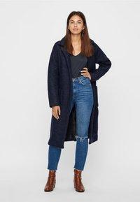 Noisy May - NMZOE  WOOLEN COAT - Klasyczny płaszcz - dark blue - 1