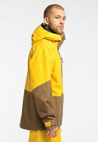 Haglöfs - LUMI JACKET - Ski jacket - pumpkin yellow/teak brown - 2