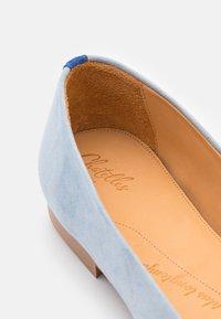 Chatelles - SQUARE TOE - Ballet pumps - light blue/grey - 6