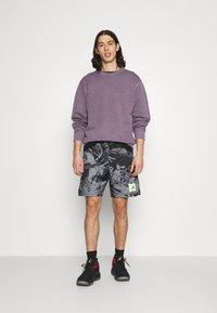 Jordan - POOLSIDE - Shorts - black - 1