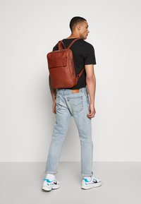 Still Nordic - THOR BACKPACK - Reppu - cognac - 1