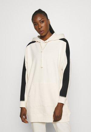 OVERSIZED STRIPE HOOD - Sweater - whitecap gray