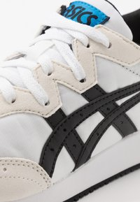 ASICS SportStyle - TARTHER - Trainers - white/black - 5