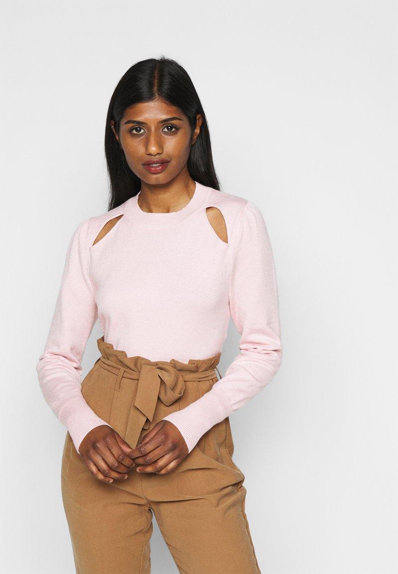 Fashion Union Petite - KATE - Strikkegenser - pink