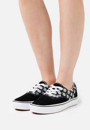 COMFYCUSH ERA - Sneakers laag - black
