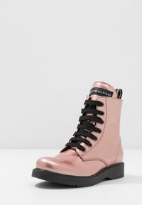 Tommy Hilfiger - Lace-up ankle boots - rose gold - 2