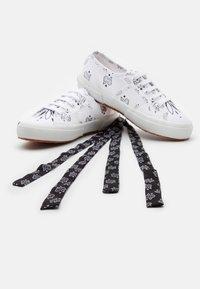 Superga - 2750 - Sneakersy niskie - white/black - 5