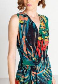 Ivko - TROPICAL MOTIF - Denní šaty - amazonas - 3