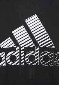 adidas Performance - Print T-shirt - black/gresix - 5