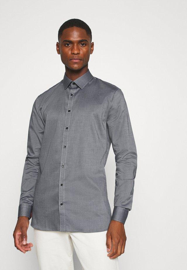 No. 6 - Formální košile - schwarz
