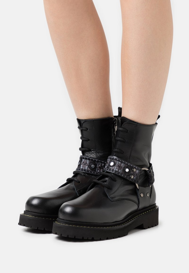 Pinko - MARTINE BOOT - Lace-up ankle boots - nero limousine