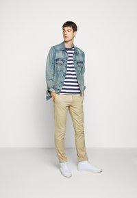 Polo Ralph Lauren - T-shirt z nadrukiem - navy/white - 1
