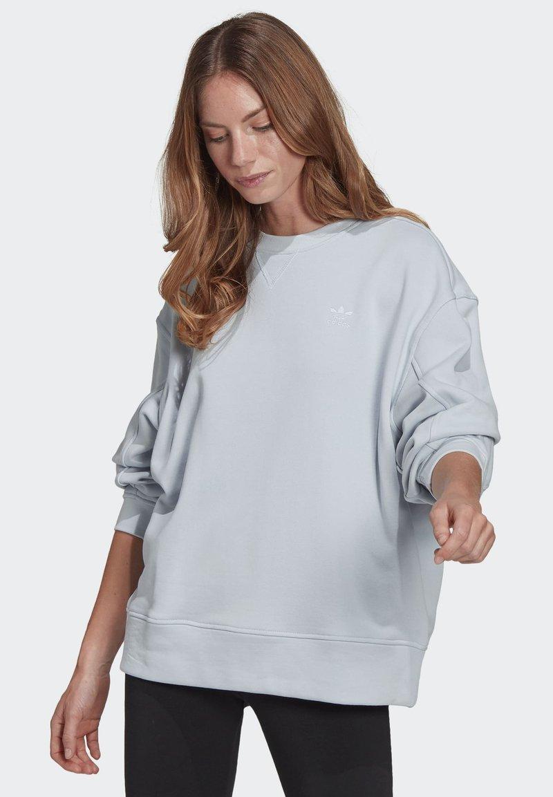 adidas Originals - ADICOLOR 3D TREFOIL OVERSIZE SWEATSHIRT - Sweatshirt - blue