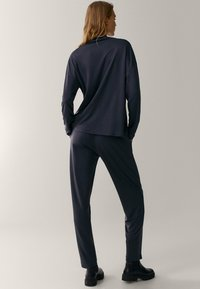Massimo Dutti - Tracksuit bottoms - dark grey - 2