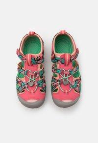 Keen - SEACAMP II CNX UNISEX - Walking sandals - tea rose/peach pearl - 3