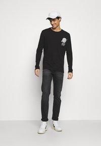 Pier One - Long sleeved top - black - 1